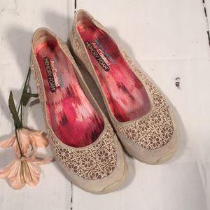 Skechers Memory Foam Shoes! Sz 9.5. Air Cooled